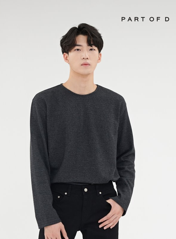 PART 001 essential long sleeve tee (charcoal)