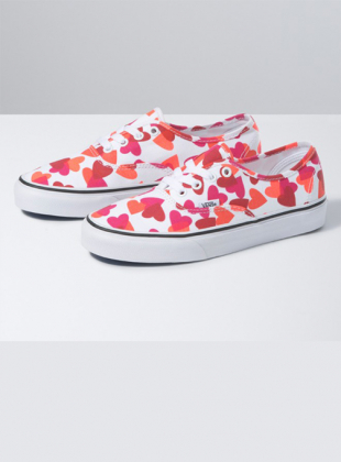 Valentaine Heart Authentic (VN0A348A40Q1)
