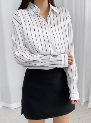 [Inverted Back/Loose Fit] Striped Lettering Long Shirt