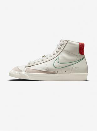 Nike Wmns Blazer Mid ´77 SE (DH6757-001)