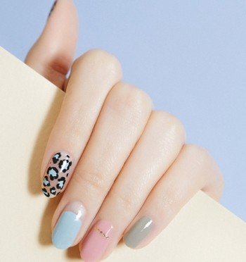 13.-Mute-Leopard