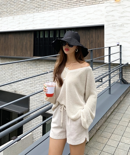 lady wide Knit