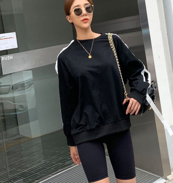 sleeve button Sweatshirt