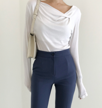 Autumn Unbalance V-neck Twist T-shirt