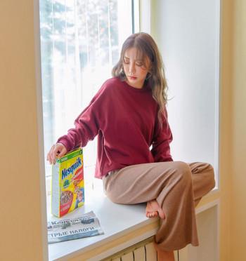 peekaboo cash wide knit pants