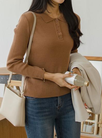 Ribbed collar neck slim knit T-shirt
