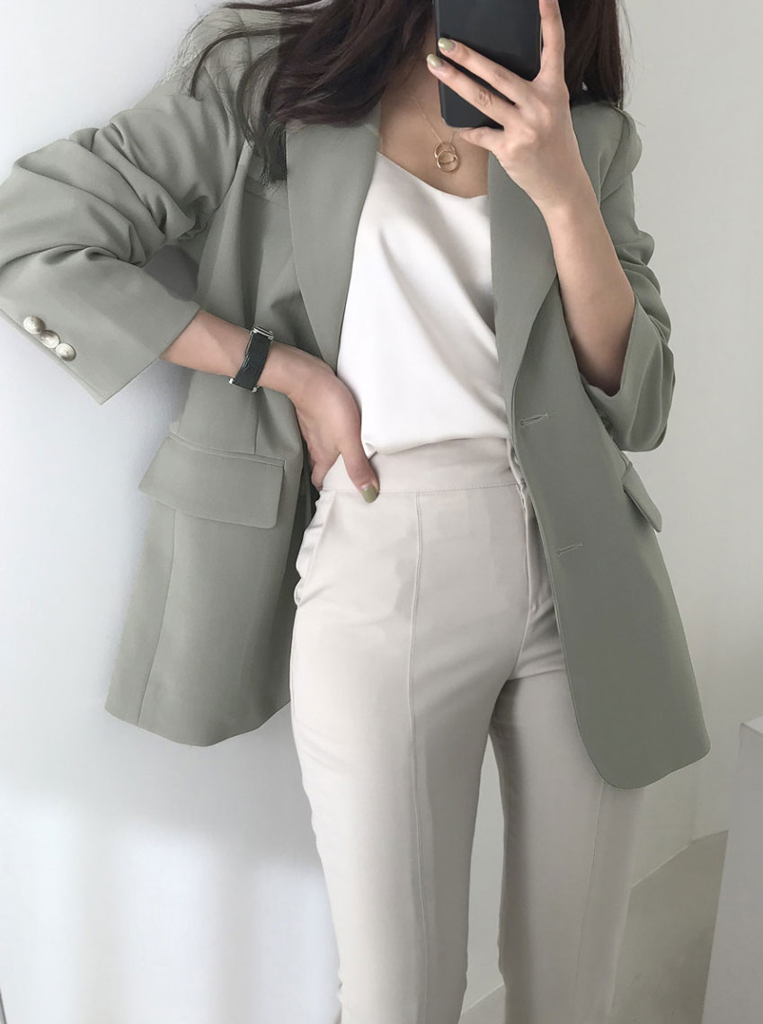 Mood Tailored Collar Single Loose Fit Jacket