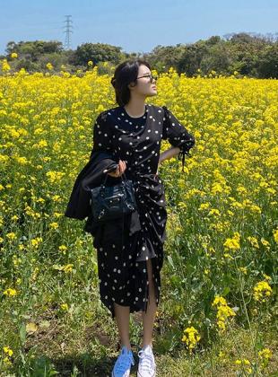 Daisy Shirring String Dress
