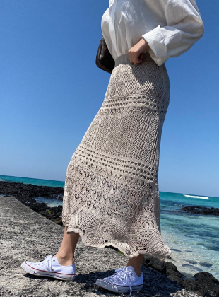 Knitted Punching Knit Skirt