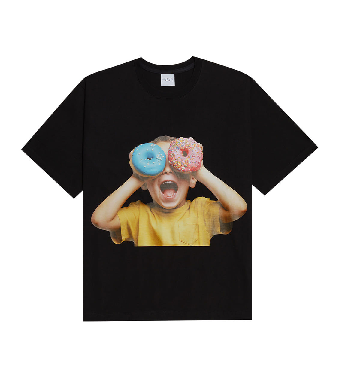 TWICE X ADLV BABY FACE SHORT SLEEVE T-SHIRT BLACK DONUTS 5