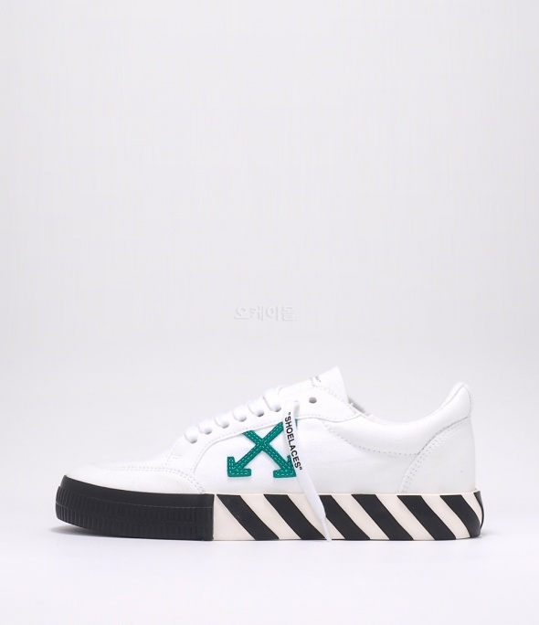 low bulknize sneakers (OMIA085E20FAB0010155)