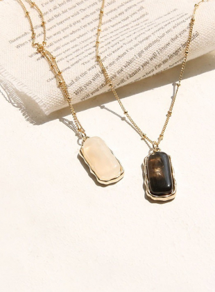 Tining Square Pendant Necklace